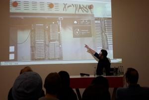 Elmar Arunov präsentiert Anwendungen Hololens